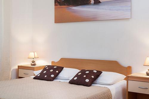 3 a22k1 vila nela tucepi bedroom1