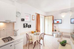 Apartments Tucepi