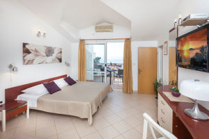 apartments Nela tucepi