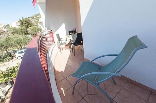 2 a4k1 vila nela tucepi balcony1b